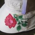 真っ赤な薔薇の花の帽子  白 木綿100%