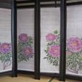牡丹の花の衝立  麻100% 枠は木製 折りたたみ可能