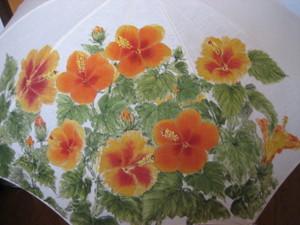 黄色系統のハイビスカスの花 (麻の黄なりのパラソル)