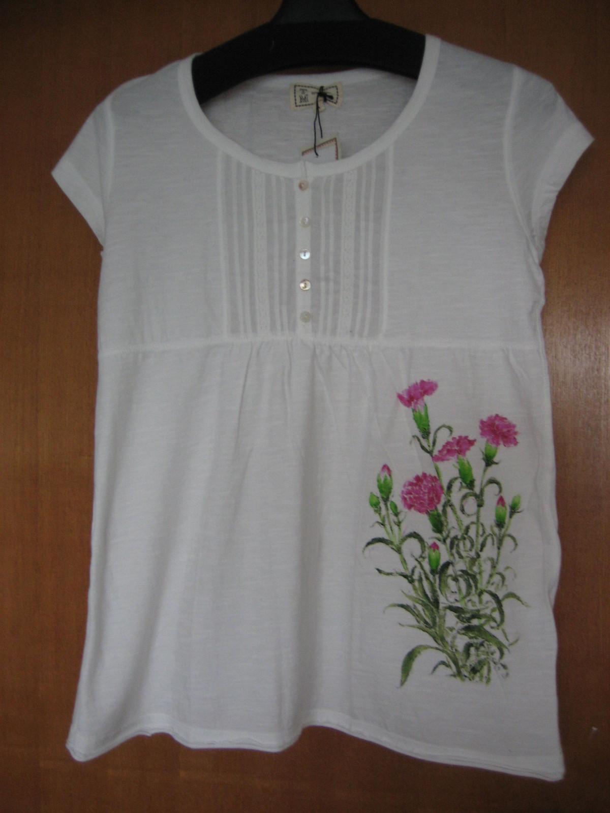 カーネーションの花 白のチェニック 木綿100%